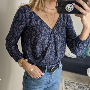American eagle paisley print v neck blouse top